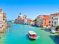 Venecija... ji žavinga ir magiška visais metų laikais