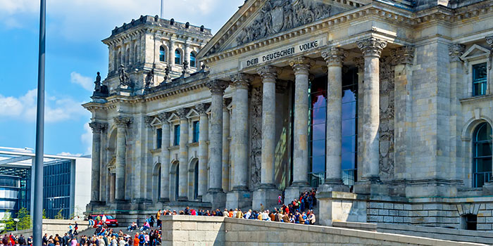 Berlynas - užmaskuotų istorinių randų miestas