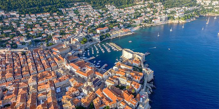 10 interesanti un noderīgi fakti par Dubrovniku Horvātijā