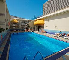 Holiday Inn Abu Dhabi Downtown viesnīca (Abu Dhabi, Apvienotie Arābu Emirāti)