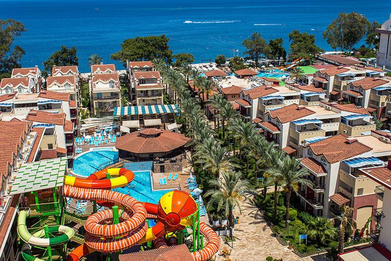 Crystal Aura Beach Resort Spa Atsiliepimai