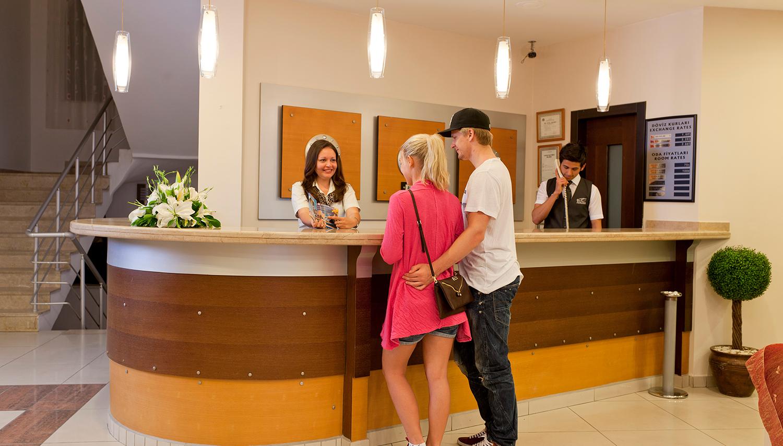 Kandelor viesnīca (Antālija, Turcija)