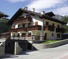 Chalet Alberti viešbutis (Bergamas, slidinėjimas Italijoje, Italija)