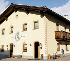 Chalet Moon / Baita Cecilia hotell (Bergamo, Itaalia)