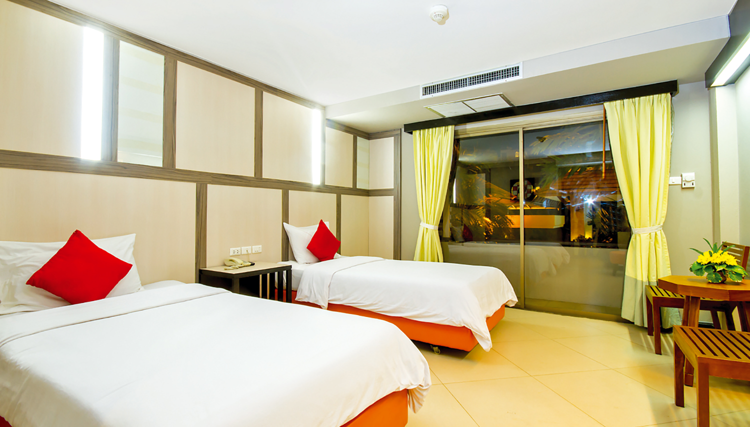 Sea Breeze Jomtien Resort hotell (Bangkok, Tai)