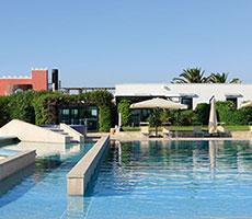 Grand Hotel Masseria Santa Lucia viesnīca (Bari, Itālija)