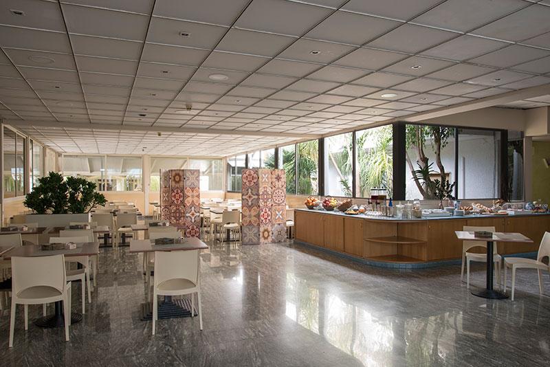 Riva Del Sole viesnīca (Bari, Itālija)