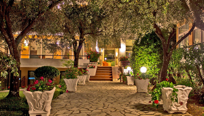 Saint Nicholas viesnīca (Korfu, Grieķija)