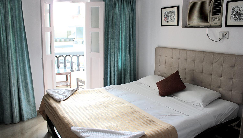 Santiago Beach Resort viesnīca (Goa, Indija)