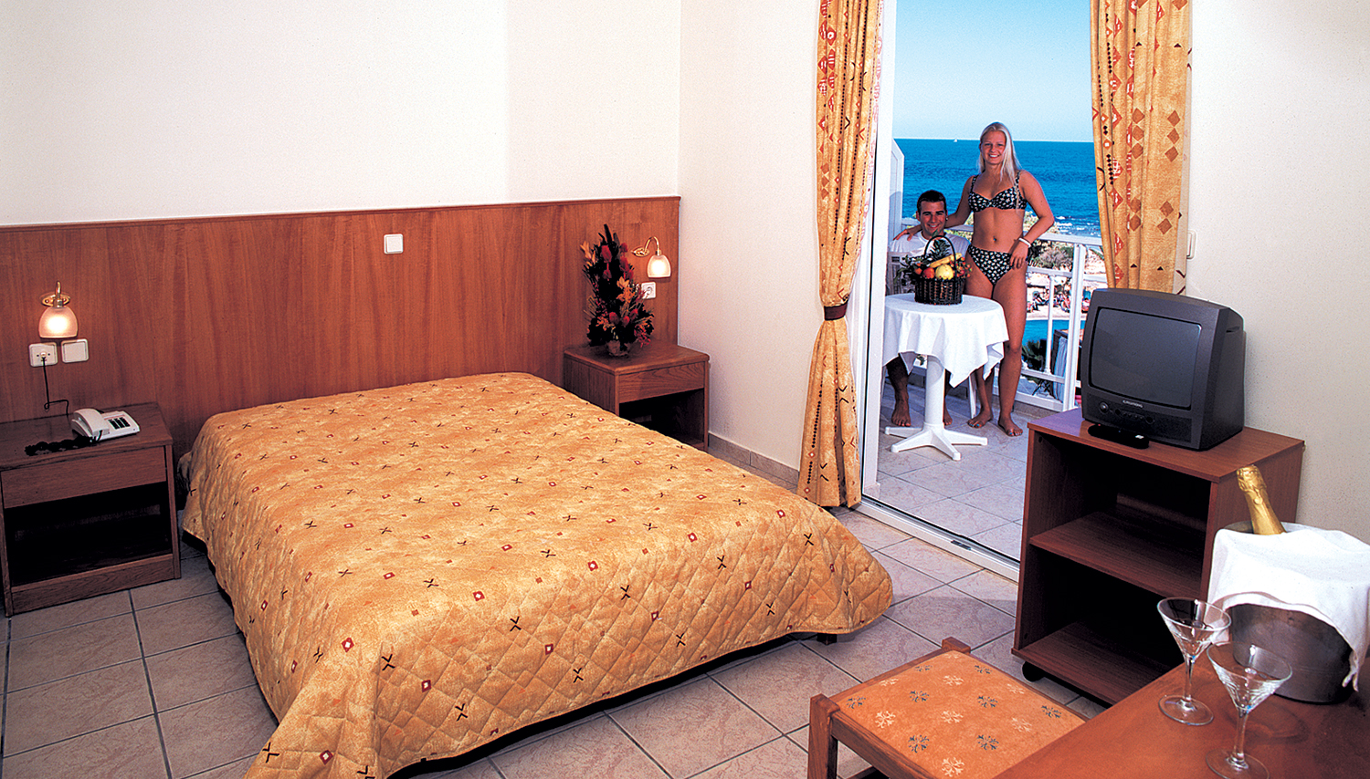 Eri Beach & Eri Village hotell (Heraklion, Kreeka)