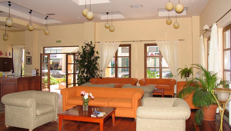 Lefkoniko Bay hotell (Heraklion, Kreeka)