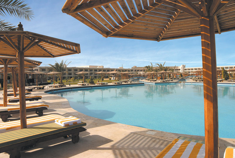 Hilton hurghada long beach hotell hurghada egiptus for Pool show in long beach