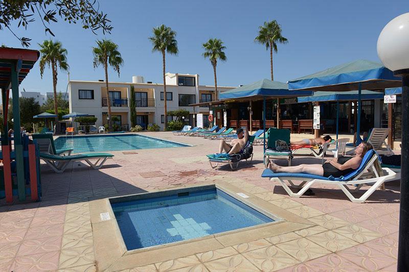 Carina Apartments hotell (Larnaca, Küpros)