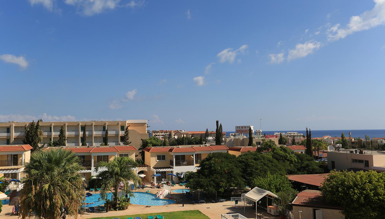 Jacaranda Holiday Village hotell (Larnaca, Küpros)