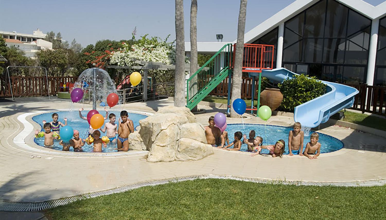 Palm Beach Hotel & Bungalows hotell (Larnaca, Küpros)