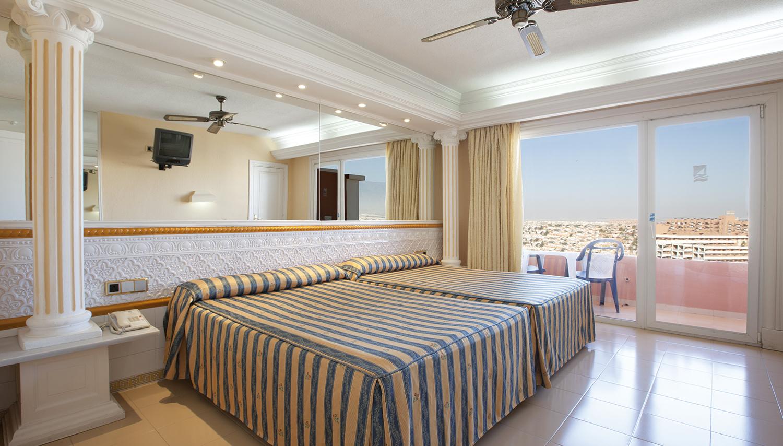 Playacapricho viesnīca (Almeria, Spānija)