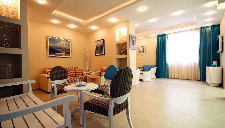 Bella Vista viesnīca (Tivat, Melnkalne-Horvātija)