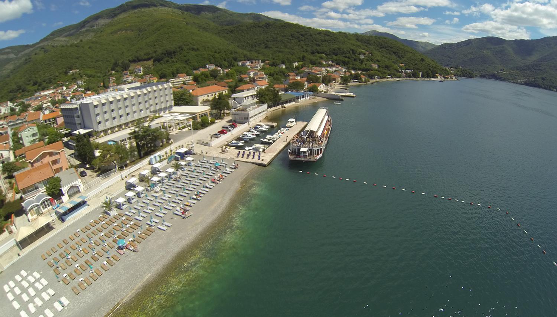 Delfin viesnīca (Tivat, Melnkalne-Horvātija)