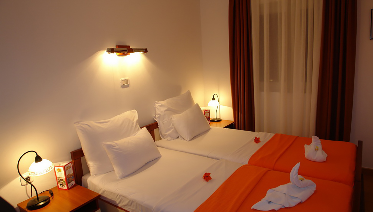 Fineso hotell (Tivat, Montenegro – Horvaatia)