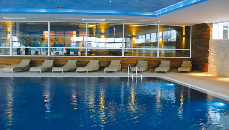 Palas hotell (Tivat, Montenegro – Horvaatia)