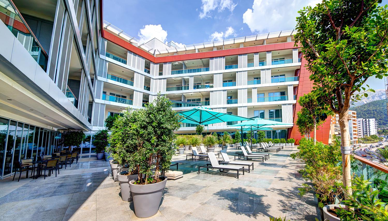 Plaza viesnīca (Tivat, Melnkalne-Horvātija)