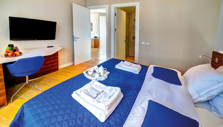 Adria hotell (Tivat, Montenegro – Horvaatia)