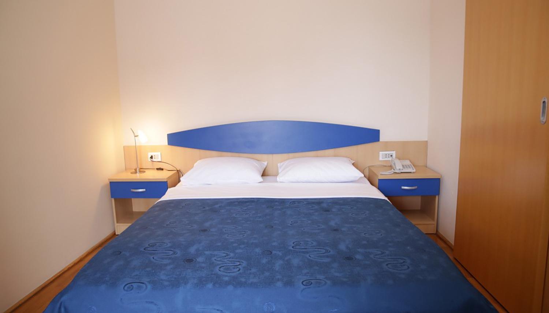 Regina Jelena hotell (Tivat, Montenegro – Horvaatia)