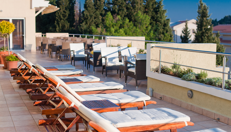 W Grand hotell (Tivat, Montenegro – Horvaatia)
