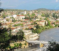 Gruzija ...šalis Kaukazo kalnuose, kur vyno upės teka